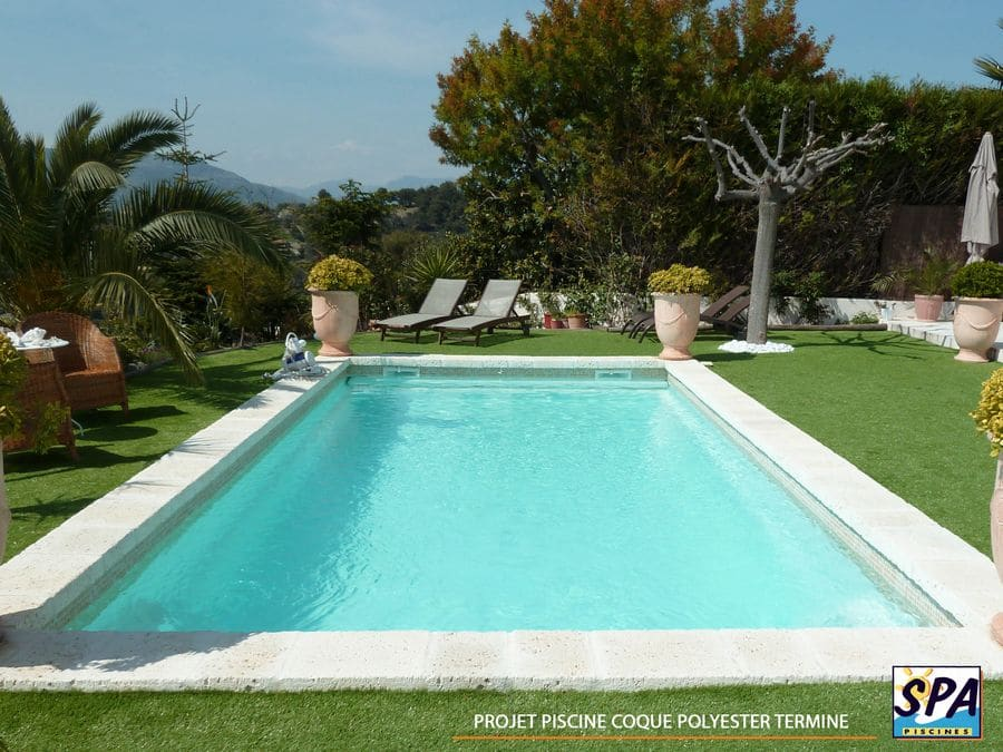 Projet piscine coque polyester termine– SPA Piscines