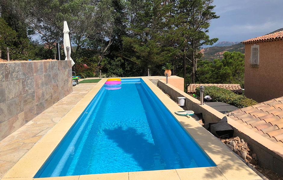 Modèle piscine coque couloir polyester - MdP Lane 14