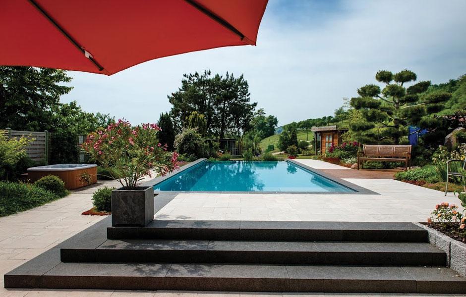 Photo piscine débordement ORANA - SPA Piscines