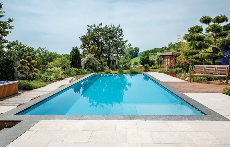 Photo piscine débordement - SPA Piscines