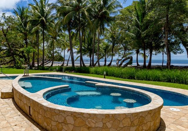 Quelles sont les règles de sécurité pour les piscines