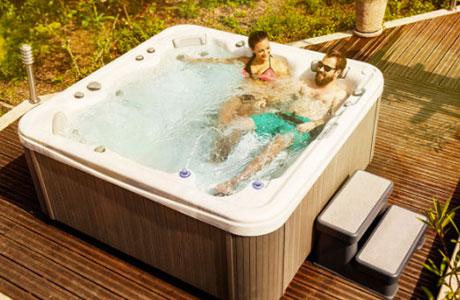 spa-jacuzzi-645L-spa-piscines-1