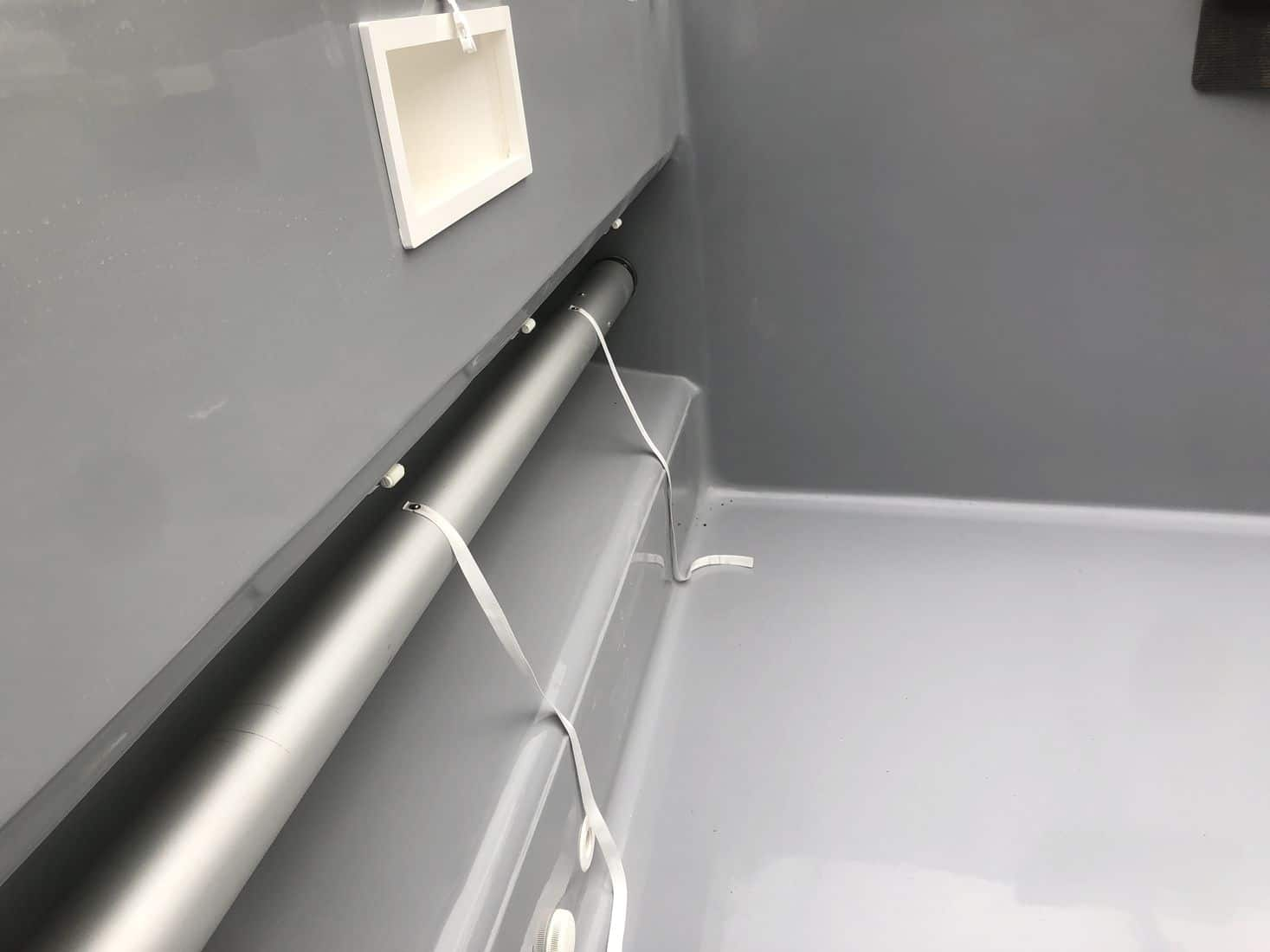 Pose volet piscine coque polyester